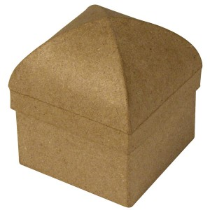 Cutie catedrala din papier mache