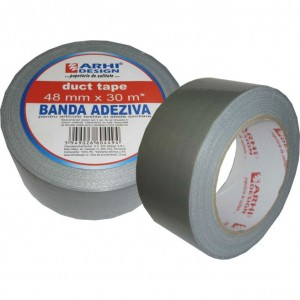 Banda adeziva pt materiale textile