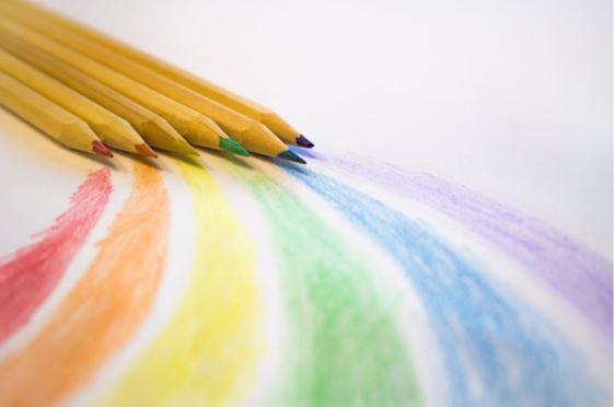 Combaterea stresului – care sunt avantajele cartilor de colorat pentru adulti