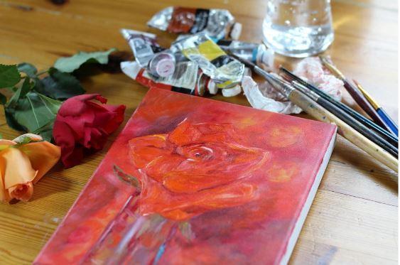Ghid de alegere a culorilor in functie de suprafata pentru pictura
