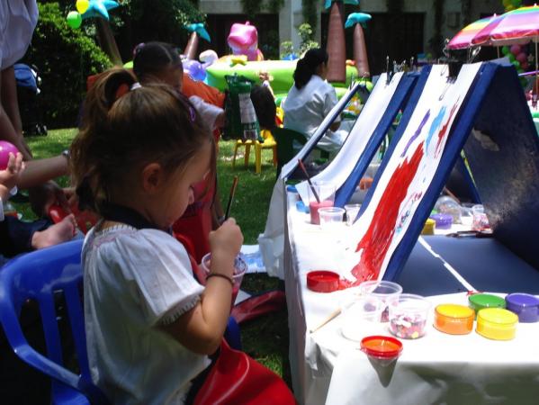 Ce tipuri de materiale de pictura au nevoie cei mici pentru scoala?